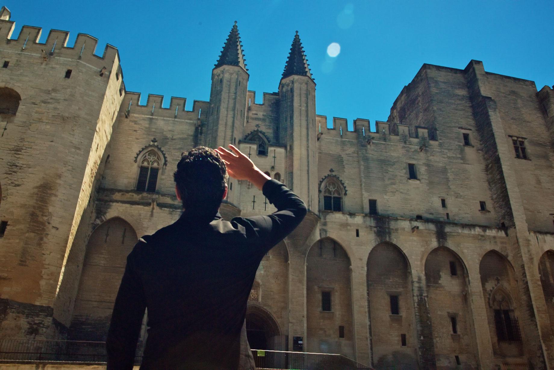 L'opération Un Rêve d'Avignon a rassemblé 14 partenaires pour 60 captations et documentaires vidéos, 60 émissions de radio et podcasts, 36 ateliers de la pensée, 15 captations projetées au Palais des papes, 9 journées de vacances apprenantes... Merci à tous !