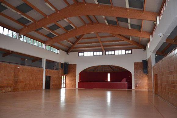 Salle Jacques Buravand à Boulbon